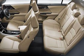 Interior Accord (2)